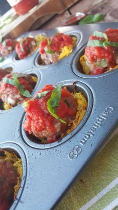 Italian Meatballs in Spagetti Squash Cups Clean Food Crush Recipe Fun & Yum! Clean Eating Recipes, Healthy Eating, Healthy Recipes, Healthy Options, Keto Recipes, Healthy Snacks, Smoothies, Clean Eating Kids, Brunch