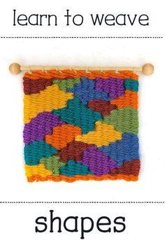 The Creativity Patch - Weaving - Fiber Arts #learntoweave #weaving #weavingtutorials Weaving Textiles, Weaving Art, Weaving Patterns, Tapestry Weaving, Loom Weaving, Stitch Patterns, Knitting Patterns, Yarn Crafts, Fabric Crafts