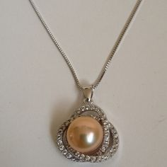 Necklace Beautiful 18k white gold plated with pearl pendant & necklace jewelry.( NEW) No Trades. No Holds. No PayPal. Jewelry Necklaces