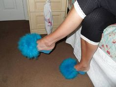 Fluffy Slides, Sleepwear Women, Sexy High Heels, Fur Slides, Fur Collars, Kitten Heels, Slippers, Turquoise, Mens Fashion