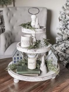 3 Tier Round Wooden Tray - White Distressed