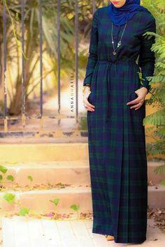 maxi dress with sleeves Muslim Dress, Hijab Dress, Hijab Outfit, Modesty Fashion, Abaya Fashion, Fashion Dresses, Hijab Elegante, Hijab Chic, Islamic Fashion