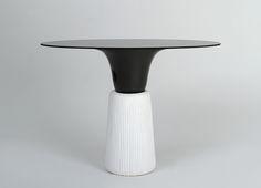Console blanche céramique/aluminium I.Sicart/E.Levet-Stenne