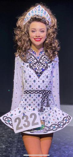 Irish Dance Dresses, Irish Step Dancing, Trip The Light Fantastic, Dress Designs, Dance Costumes, Ava, Designer Dresses, Harajuku, Amazing