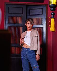 """뮤쀼 on Twitter: """"미친 ❤️❤️❤️ #MewSuppasit… """" Male Poses, Actor Model, Mannequin, Mom Jeans, Thailand, Actresses, Actors, Boys, Style"""