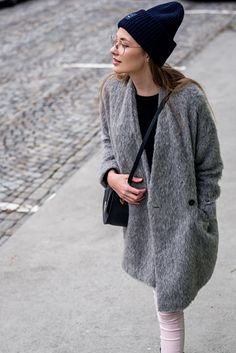 clear big glasses emoji acne hat and arv coat fashion blogger scandinavia
