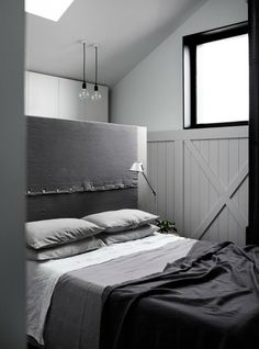 Gray linen and headboard..love gray!