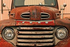 Not my favorite body style, but a great pic of late 40's Ford truck.