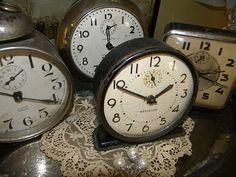 Vintage clocks...gimme.