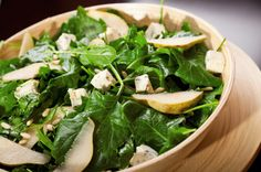 14 Healthy Pear Recipes for Fall. I'm going to try this spinach and pear salad (with goat cheese). Healthy Salad Recipes, Vegetarian Recipes, Cooking Recipes, Pear Recipes, Fall Recipes, Mustard Vinaigrette Recipe, Vinaigrette Dressing, Dressing Recipe, Clean Eating
