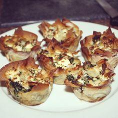 Filodeegtaartjes met spinazie en feta. Lekker krokant, niet vet en zeer smakelijk!