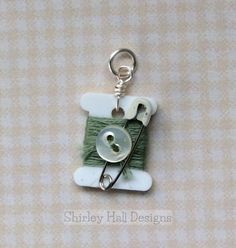 """""""Sewing Notions"""" Charms by Shirley Hall Jewelry Crafts, Handmade Jewelry, Bijoux Diy, Fabric Jewelry, Button Crafts, Sewing Notions, Beads And Wire, Diy Earrings, Sewing Crafts"""