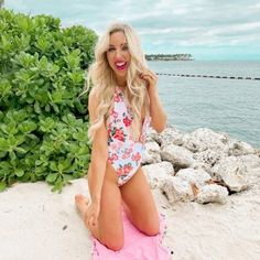 Key West Travel Guide - Blush & Camo