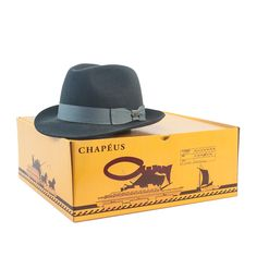 O Chapéu Outback Panamá Toni é um modelo masculino 1fbe9a1aa39