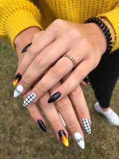 Nailart 57 Top Nail Designs This Fall - - - Malibu Edgy Nails, Aycrlic Nails, Grunge Nails, Stylish Nails, Trendy Nails, Coffin Nails, Glitter Nails, Matte Nails, Black Nails