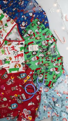 Get festive with our Christmas scrubs & holiday scrubs at Uniform Advantage! Shop now before our Christmas print tops are all gone. Winter Treats, Santa Ornaments, Cozy Christmas, Holiday Lights, Scrub Tops, Holiday Cookies, Winter Holidays, All The Colors, Scrubs