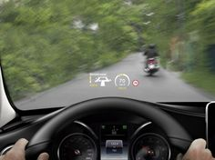 17 Examples Of Brilliant Car UI and HUD Design