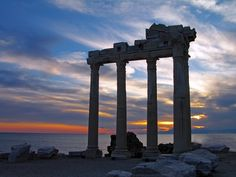 Temple of Apollo at sunset, Side, Turkey #Türkei #Holiday #Side #Antalya #Sea #Meer #historical #places