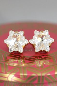 White Crystal Earrings Swarovski Crysatl Earrings by iloniti