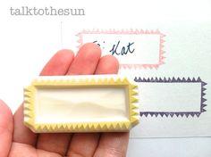 serrated gift tag rubber stamp. handmade por talktothesun en Etsy