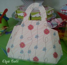 paper bag for girls by eimaipaidi.gr-1