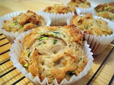 Olivás muffin 6db Bread Recipes, Bon Appetit, Breakfast, Food, Spinach Muffins, Meals With Vegetables, Balanced Diet, Pies, Essen