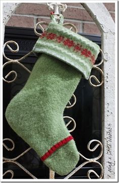 Guest Post {how to make a Christmas Stocking from a thrifted sweater}