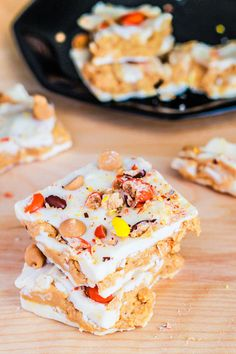 Reese's Peanut Butter White Chocolate Bark from @Sally M. [Sally's Baking Addiction]