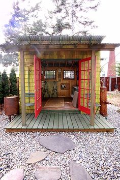 Do You Have a Backyard Studio, Office Shed, or Cottage? Do You Have a Backyard Studio, Office Shed, Backyard Office, Backyard Studio, Cozy Backyard, Backyard Cottage, Rustic Backyard, Backyard Cabana, Apartment Backyard, Backyard Ponds, Backyard Retreat