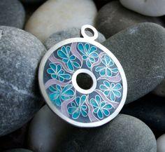 Les bijoux pendentif émail Cloisonné émail bleuets chauffé en
