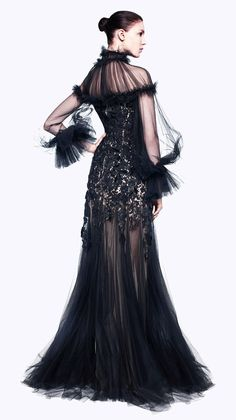 Stunning black gown that's to die for! Alexander McQueen Pre-Autumn/Winter 2012