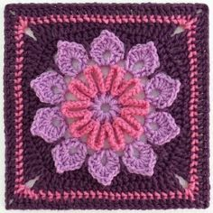 GRANNY FLOWER SQUARE