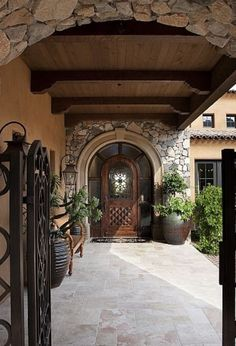 Front Entry Courtyard - mediterranean - patio - phoenix - R. Gurley Custom Homes Spanish Style Homes, Spanish House, Spanish Tile, Spanish Colonial, Casa Rock, Patio Design, House Design, Door Design, Courtyard Design