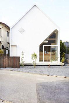 House H for a family, Matsudo City, Japan by Hiroyuki Shinozaki.