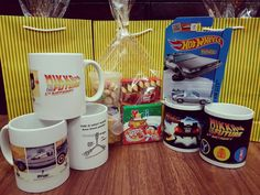 Mikka 6th birthday bttf goodie bag. Delorean time machine hover mode, custom mug, and 80s snack. Yes the pizza is half peperoni and half green pepper, dehydrated 😄 #bttf #backtothefuturebirthday #partyfavors