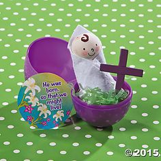 Gospel in an Eggshell Idea |This religious Easter craft for kids is a fun, hands-on way for kids to learn about Jesus. #Easter #crafts #Heisrisen