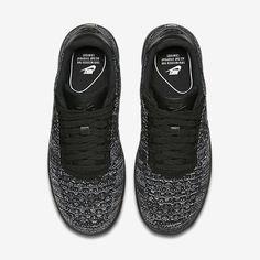 brand new 77462 375b9 Chaussure Nike Air Force 1 Pas Cher Femme Flyknit Low Noir Blanc Noir