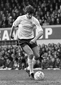 Roger Davies (Derby County, Seattle & Ft. Lauderdale) . Roger played at the Senior level in England (162) appearance scoring (34) times, Belgium (34) appearance and scored (21) goals. He played (105) games in the North American Soccer League and potted (43) goals. He now supplies radio commentary for Derby County on the Radio.