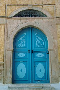 Africa | Blue Applique. Sidi Bou Said, Tunisia. | © Donna Corless. door