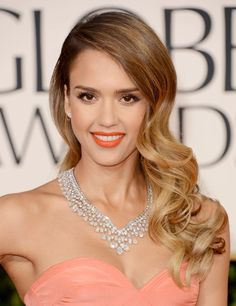 Jessica Alba at Golden Globes 2013: Retro Hair | ELLE UK - LOVE the hair and jewels