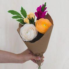Paper-flower-bouquet-Kaylyn-1.jpg