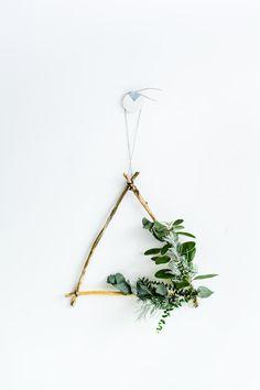 DIY Foraged Triangle Christmas Wreath   Fall For DIY
