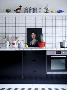 black and white kitchen. photo by Julie Ansiau