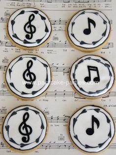 Music note cake ideas sugar cookies 30 new Ideas Fancy Cookies, Iced Cookies, Cute Cookies, Royal Icing Cookies, Cupcake Cookies, Sugar Cookies, Cookies Et Biscuits, Cookies Decorados, Galletas Cookies