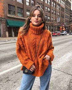 we've got you covered with some easy and achievable outfit ideas for those days where you really don't feel like trying, but still want to look cute and stylish! Pull Orange, Orange Outfits, Chambray, Knit Sweater Outfit, Thick Sweaters, Orange Sweaters, Mode Hijab, Fashion Moda, Winter Fashion Outfits