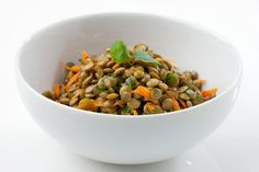 Love lentils? This lentil lime salad is a total treat and you can enjoy it throughout the Ultimate Reset #detox #cleanse #recipe #BeachbodyBlog Clean Eating Salads, Clean Eating Recipes, Healthy Eating, Healthy Food, Lentil Recipes, Vegetarian Recipes, Healthy Recipes, Detox Recipes, Healthy Options