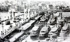 1930'lu yıllar İstanbul Galata köprüsü ve şehir hatları işletmesi vapurları.