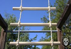 Easily Create your own Rope Ladder with a Ladder Lashing