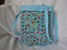 handmade by wendy pic 1. this bag is reversible and you can alter the height