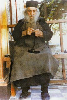 Elder Arsenios the hut dweller Faith Walk, Faith In God, Anglican Church, Jesus Prayer, Orthodox Christianity, Christian Faith, Apollo, Catholic, Prayers